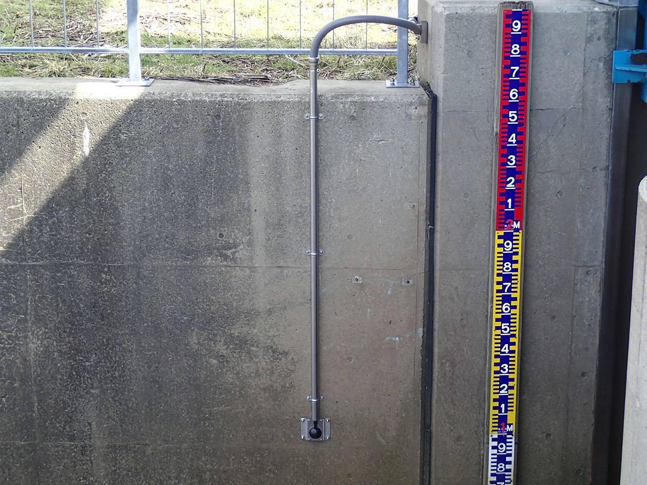 秋田管内樋門樋管設備水位計等更新工事